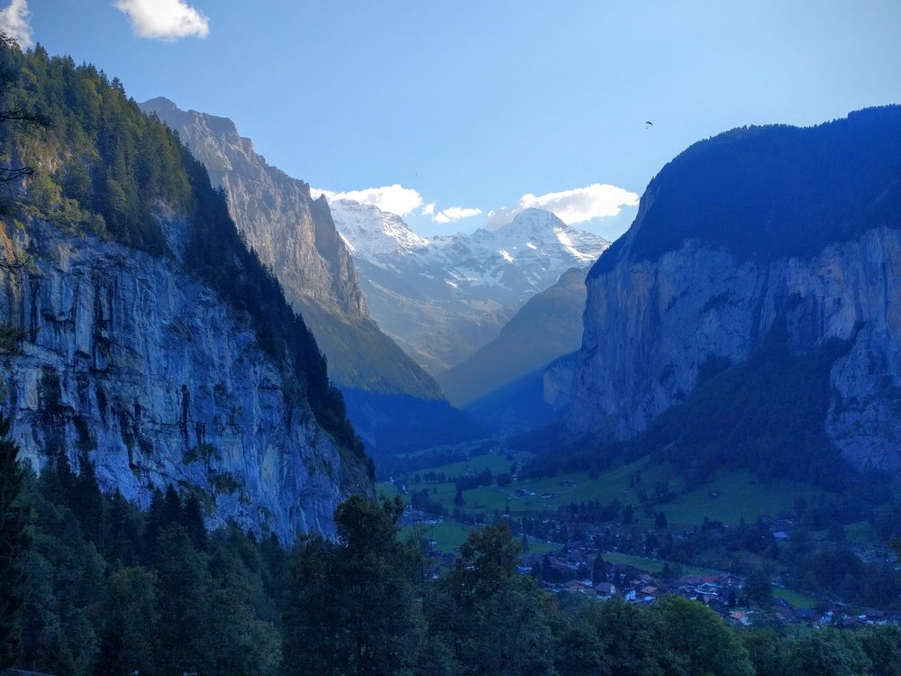 Walking down into the Lauterbrunnen valley from Grindelwald